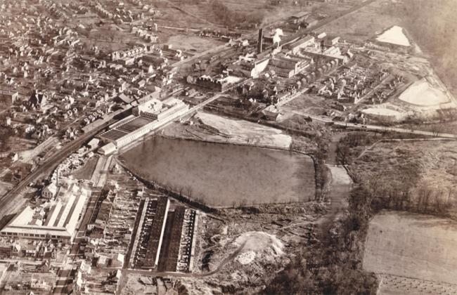 The Keasbey and Mattison manufacturing facilities and waste disposal areas in the 1930s. (Source:  EPA )
