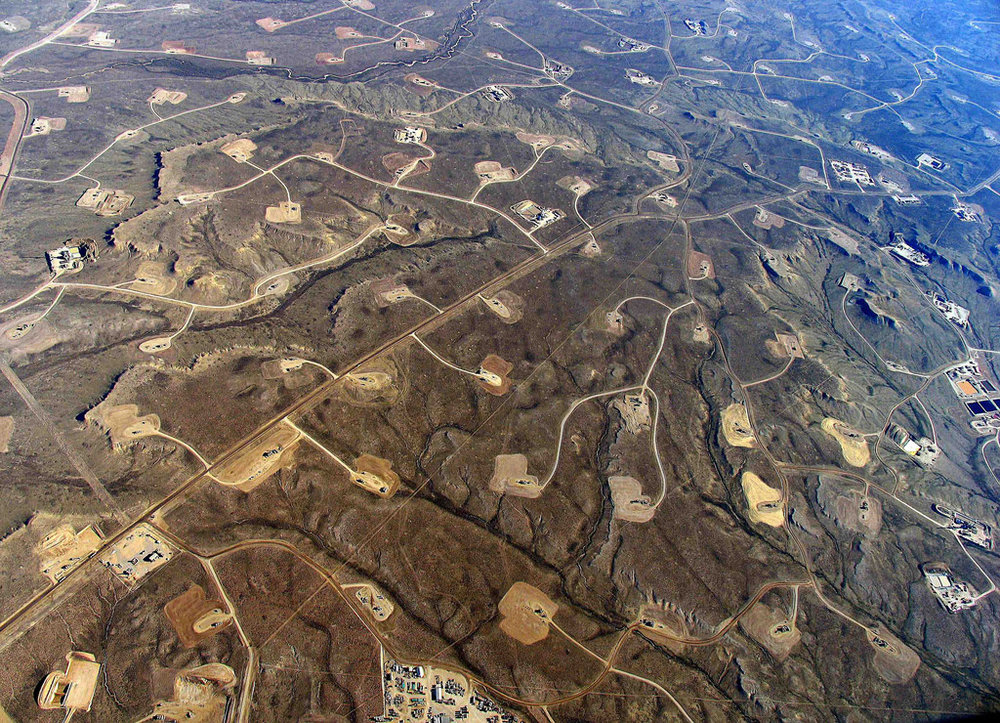 Aerial view of sites where fracking occurs.    Photo courtesy of Simon Fraser University via Flickr.
