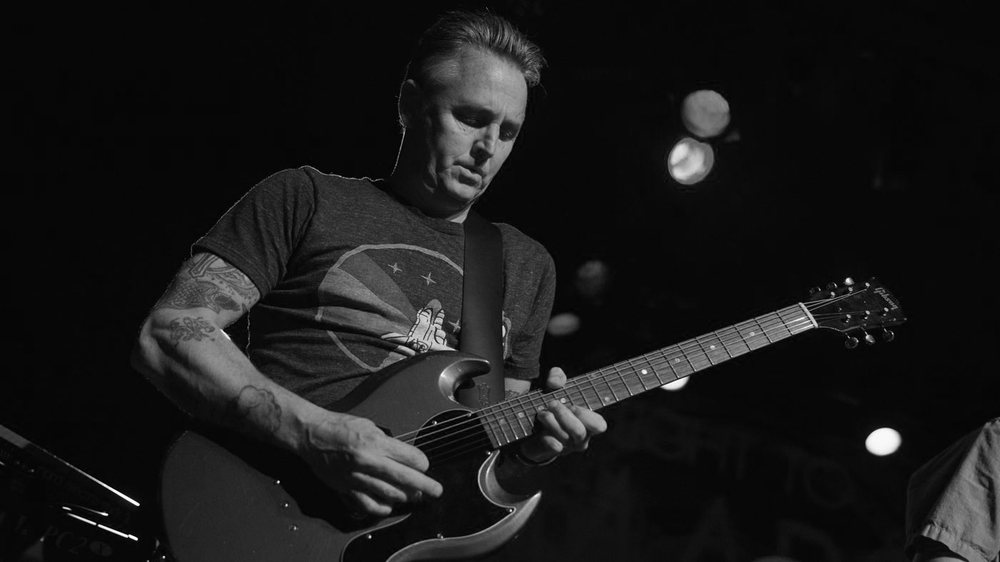 SECRET STASH - FEATURINGMIKE McCREADY FROMPEARL JAM