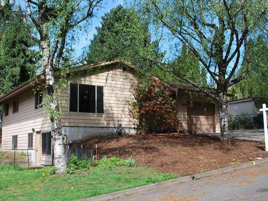 4047 SW Iowa St  3 BED | 2 BATH | 2,070 SQFT  $460,000