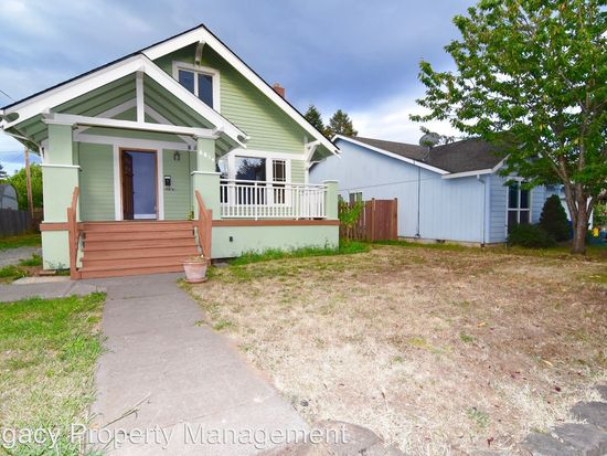 6814 SE 69th Ave  3 BED | 1 BATH | 1,388 SQFT  $350,000