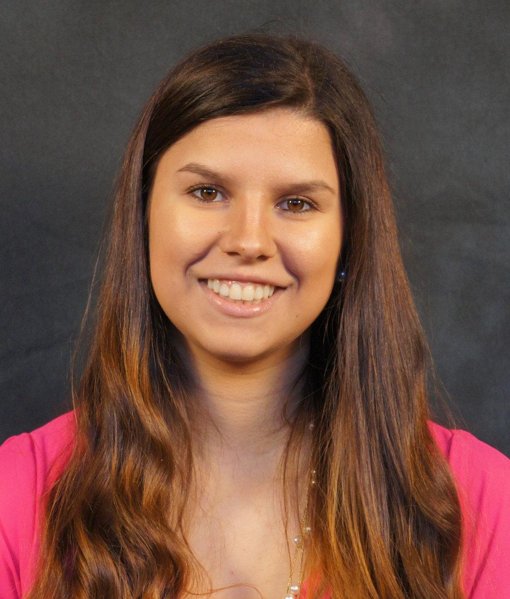 Maria Roa  Biology, Freshman Wake Forest University  Llibott Consultorios Medicos Scholarship