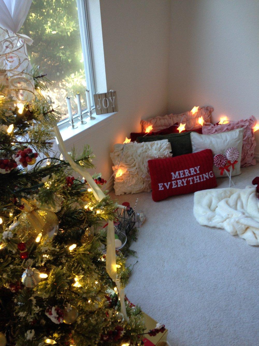 Ornelas' Cozy Christmas Daydream Mini BTS | Anne Bertelson Photography | Dallas + Plano Fine Art Child Photographer