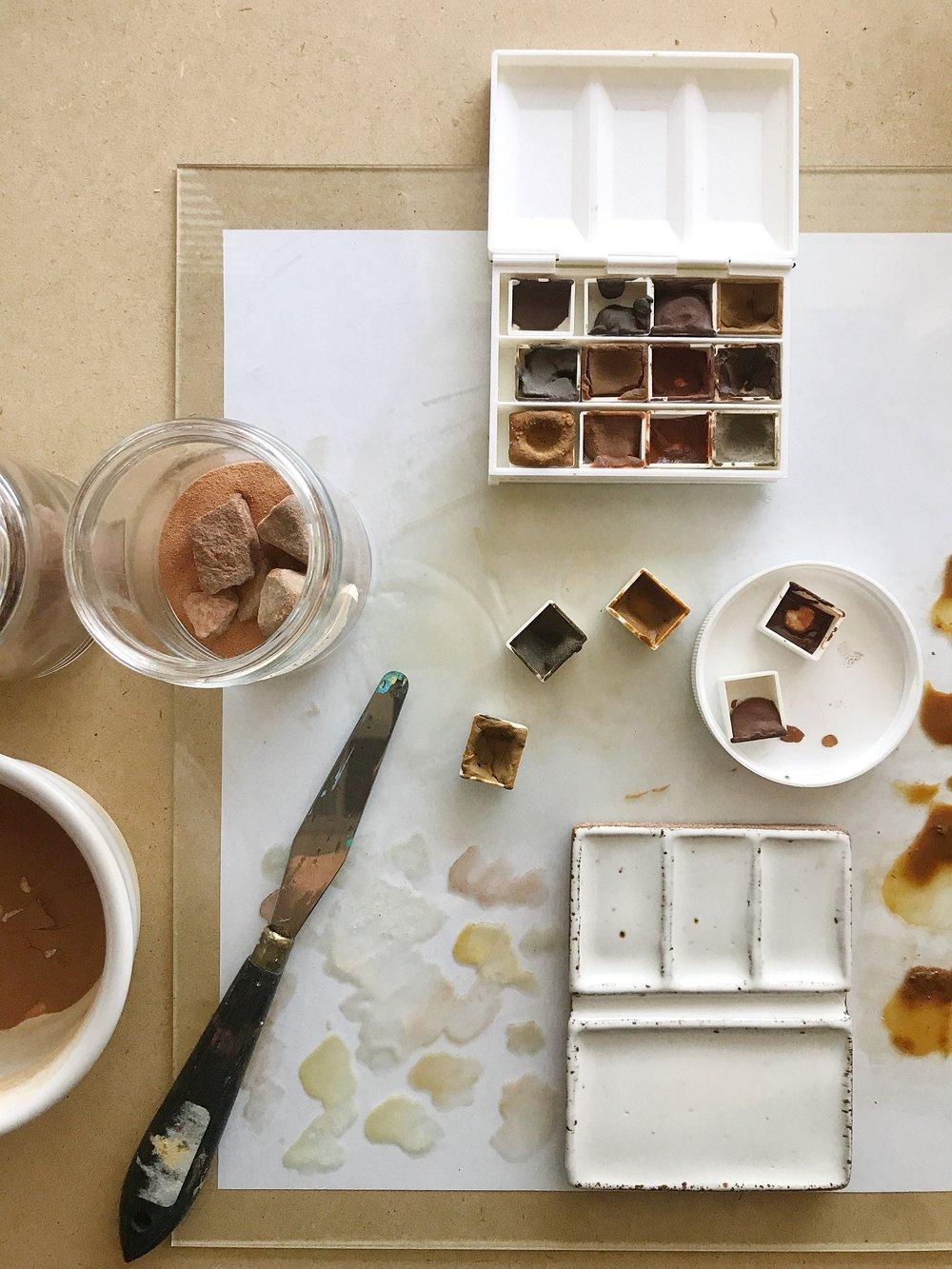 Lauren Sauder creating handmade pigments