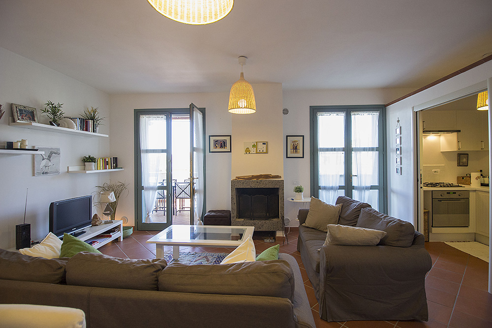 5-For-sale-exclusive-holiday-apartment-Italy-Antonio-Russo-Real-Estate-Stylish-Apartment-Capalbio-Tuscany.jpg