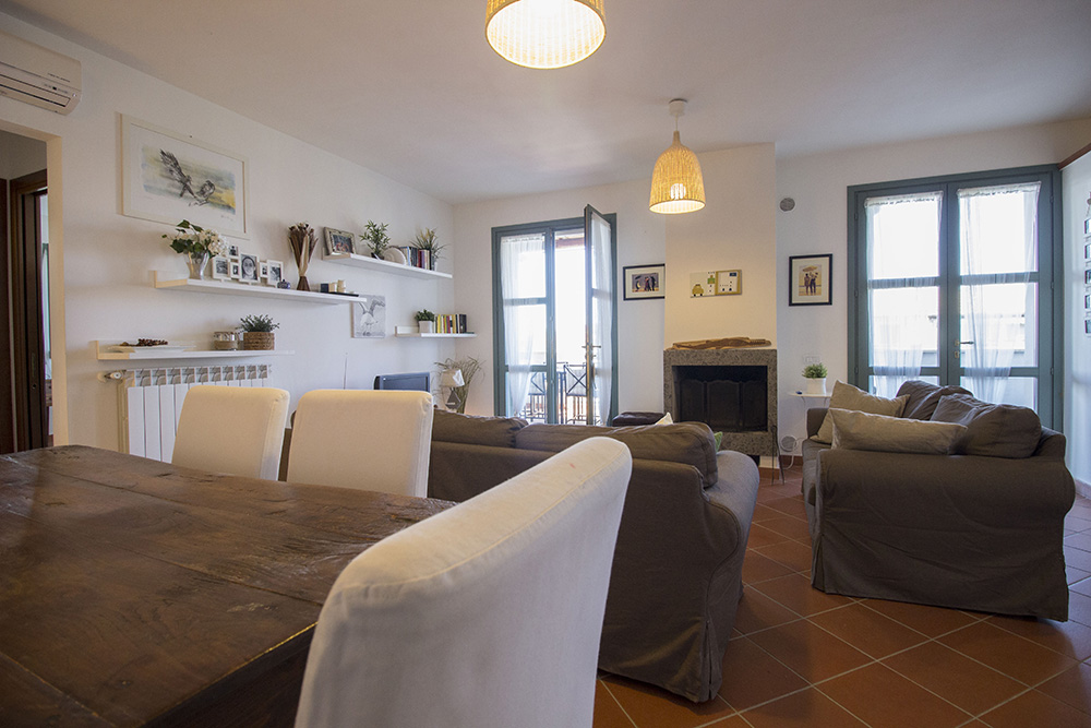 6-For-sale-exclusive-holiday-apartment-Italy-Antonio-Russo-Real-Estate-Stylish-Apartment-Capalbio-Tuscany.jpg