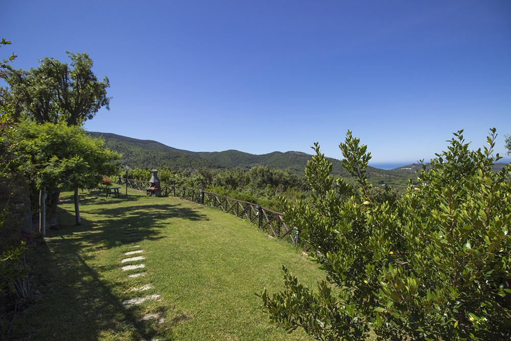 9-For-sale-luxury-villas-Italy-Antonio-Russo-Real-Estate-Villa-Elite-Punta-Ala-Tuscany.jpg