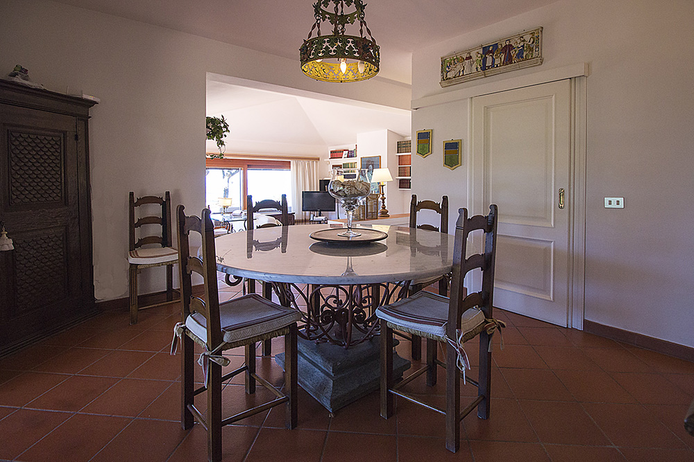 16-For-sale-luxury-villas-Italy-Antonio-Russo-Real-Estate-Villa-Elite-Punta-Ala-Tuscany.jpg