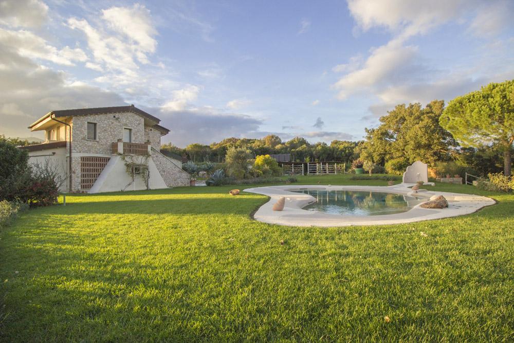 1-NEWS-Villa-Luce-Castiglione-della-Pescaia-For-sale-luxury-villas-Italy-Antonio-Russo-Real-Estate.jpg