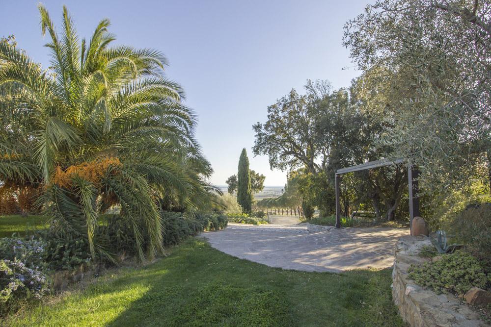 2-NEWS-For-sale-luxury-villas-Italy-Antonio-Russo-Real-Estate-Villa-Luce-Castiglione-della-Pescaia-Tuscany.jpg