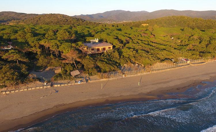 1-TODAY-Villa-Pied-dans-l-Eau-Tuscany-Rebuilding-Project-Antonio-Russo-Luxury-Real-Estate-Italy.jpg