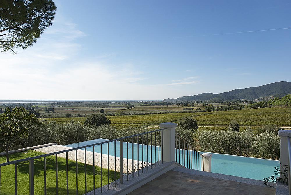 8-For-rent-luxury-villas-Italy-Antonio-Russo-Real-Estate-Villa-Armonia-Castiglione-della-Pescaia-Tuscany.jpg