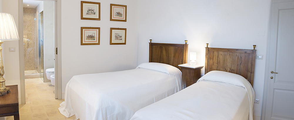 22-For-rent-luxury-villas-Italy-Antonio-Russo-Real-Estate-Villa-Armonia-Castiglione-della-Pescaia-Tuscany.jpg
