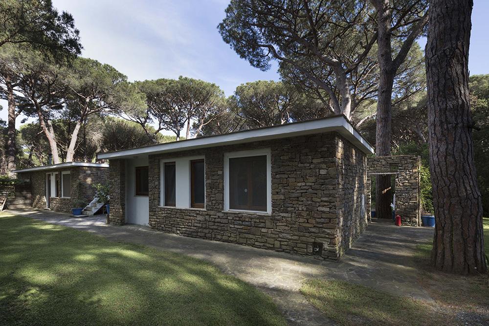 1-For-rent-luxury-villas-Italy-Antonio-Russo-Real-Estate-Villa-Gioiosa-Castiglione-della-Pescaia-Tuscany.jpg
