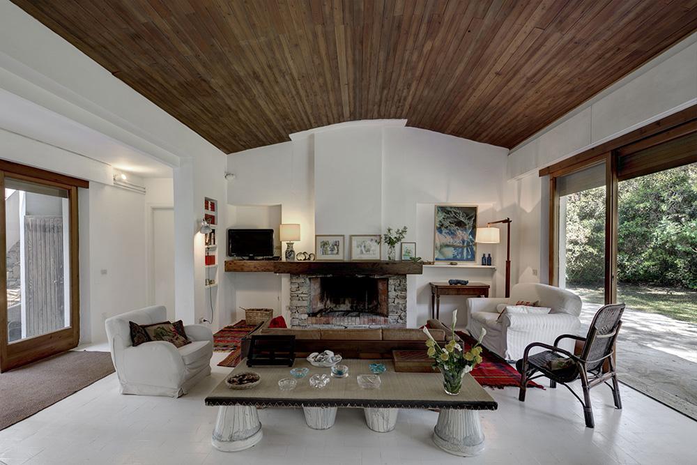 5-For-rent-luxury-villas-Italy-Antonio-Russo-Real-Estate-Villa-Gioiosa-Castiglione-della-Pescaia-Tuscany.jpg