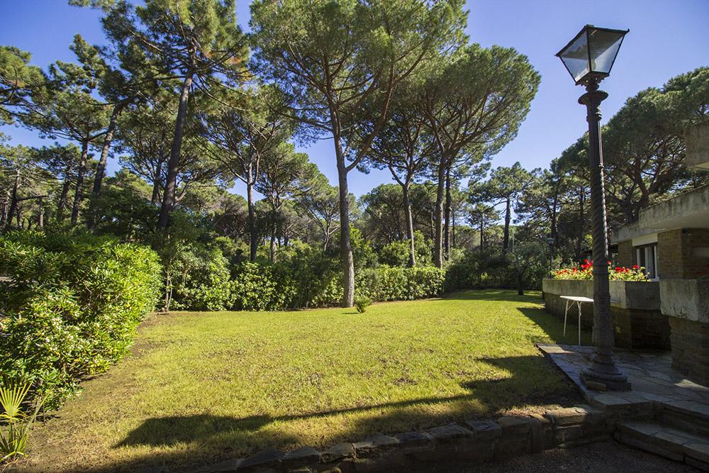 3-For-rent-luxury-villas-Italy-Antonio-Russo-Real-Estate-Villa-Monica-Castiglione-della-Pescaia-Tuscany.jpg