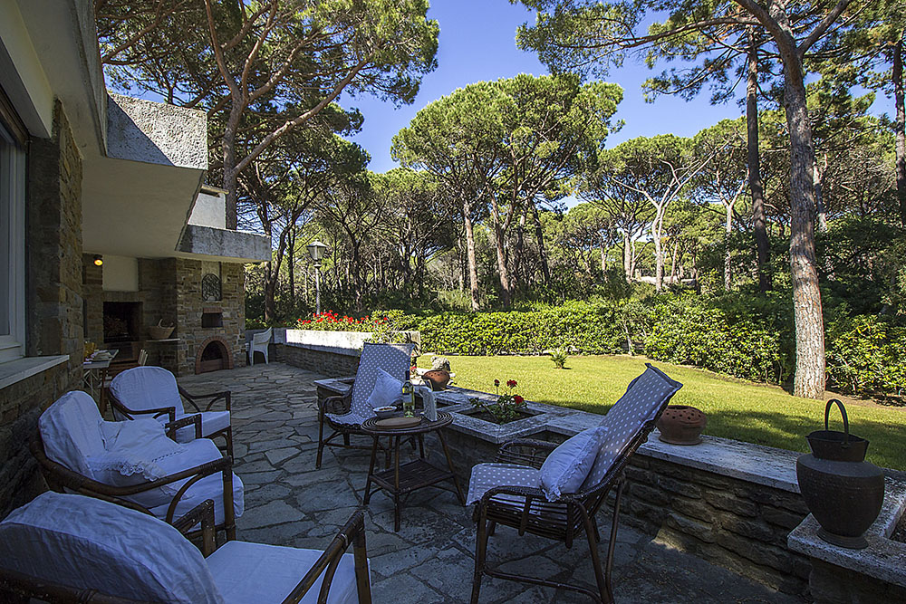 6-For-rent-luxury-villas-Italy-Antonio-Russo-Real-Estate-Villa-Monica-Castiglione-della-Pescaia-Tuscany.jpg