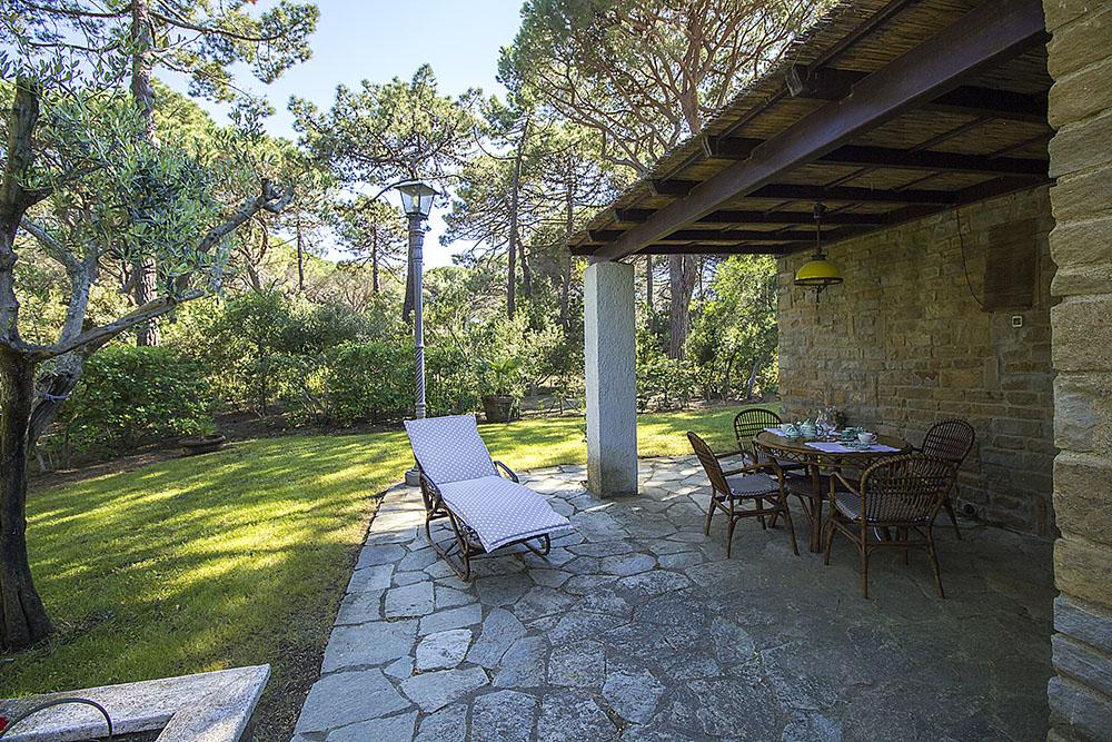 7-For-rent-luxury-villas-Italy-Antonio-Russo-Real-Estate-Villa-Monica-Castiglione-della-Pescaia-Tuscany.jpg