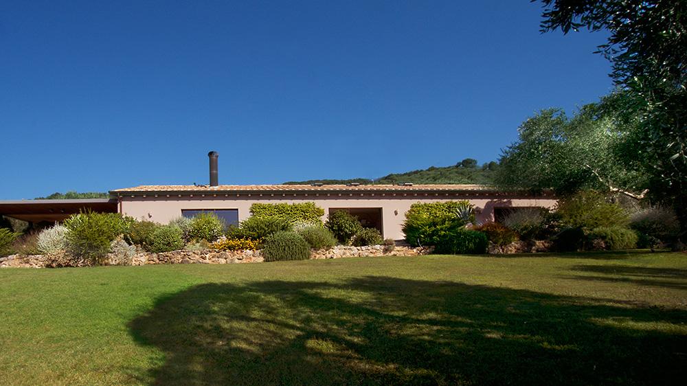 1-For-rent-luxury-villas-Italy-Antonio-Russo-Real-Estate-Villa-Capalbio-Tuscany-Maremma.jpg