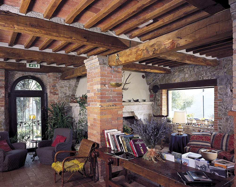 12-Casale-Montieri-Farm-Grosseto-Tuscany-For-sale-farmhouses-country-homes-in-Italy-Antonio-Russo-Real-Estate.jpg