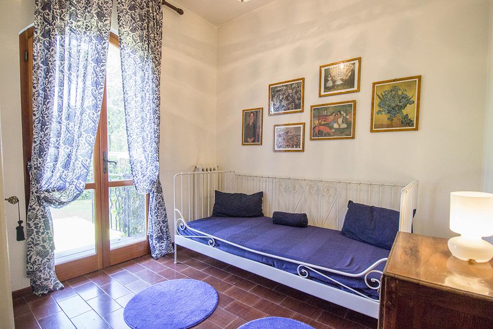 7-For-sale-luxury-villas-Italy-Antonio-Russo-Real-Estate-Villa-Chic-Forte-dei-Marmi-Tuscany.jpg