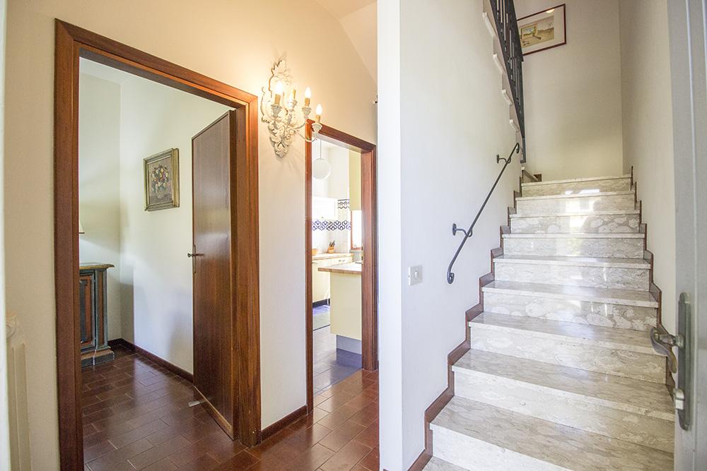 8-For-sale-luxury-villas-Italy-Antonio-Russo-Real-Estate-Villa-Chic-Forte-dei-Marmi-Tuscany.jpg