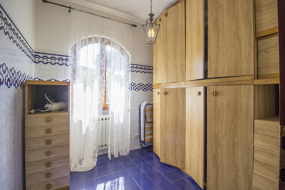 11-For-sale-luxury-villas-Italy-Antonio-Russo-Real-Estate-Villa-Chic-Forte-dei-Marmi-Tuscany.jpg