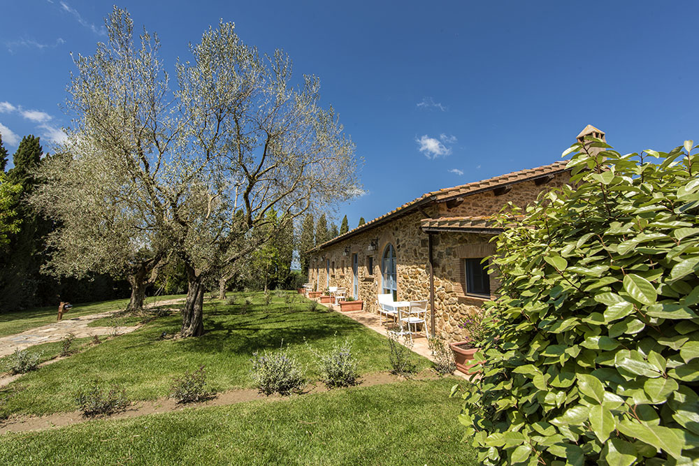 16-For-sale-luxury-holiday-farm-resort-Italy-Antonio-Russo-Real-Estate-L-Oasi-in-Maremma-Tuscany-Accommodation-Facility.jpg