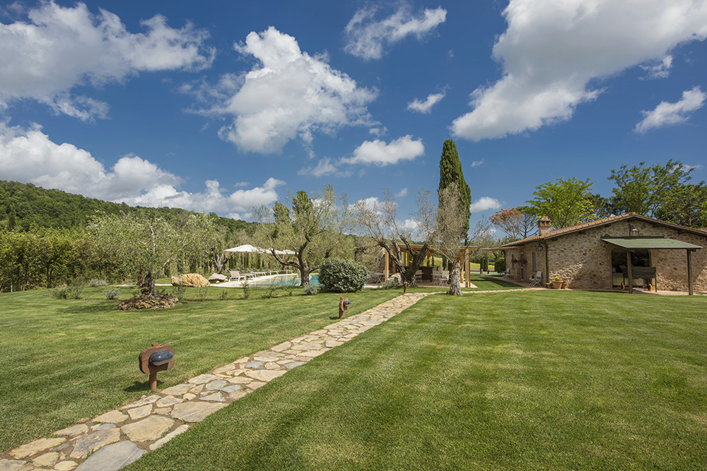 4-For-sale-luxury-holiday-farm-resort-Italy-Antonio-Russo-Real-Estate-L-Oasi-in-Maremma-Tuscany-Accommodation-Facility.jpg
