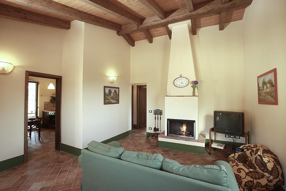 4-Villa-Cerro-Sopra-For-sale-holiday-farm-stay-Italy-Antonio-Russo-Real-Estate-Borgo-L-Incanto-Tuscany-Accommodation-Facility.jpg