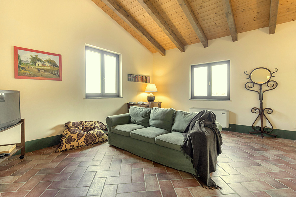 5-Villa-Cerro-Sopra-For-sale-holiday-farm-stay-Italy-Antonio-Russo-Real-Estate-Borgo-L-Incanto-Tuscany-Accommodation-Facility.jpg