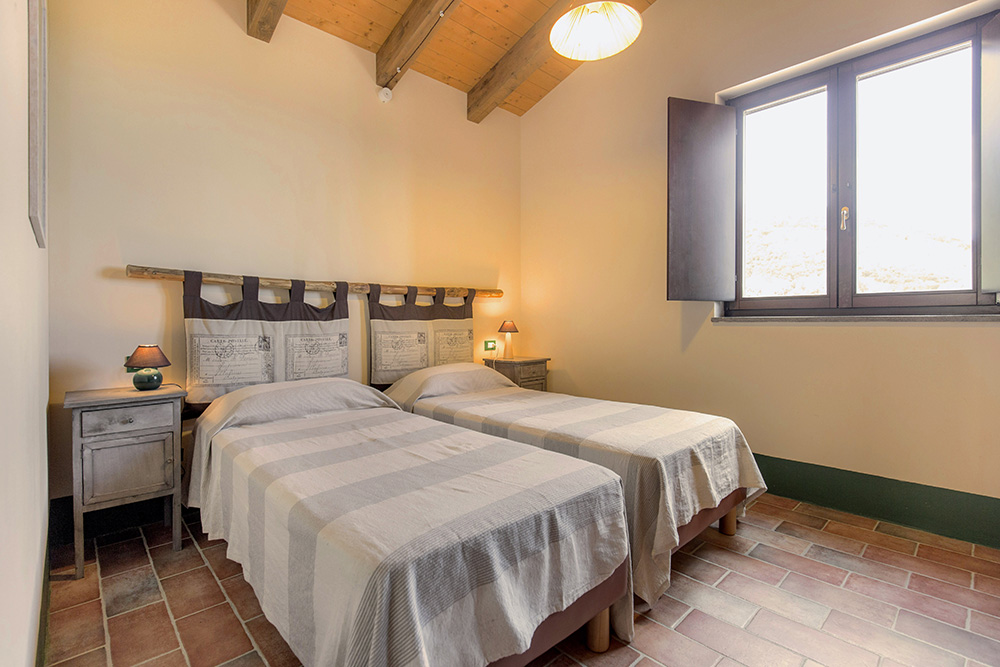 9-Villa-Cerro-Sopra-For-sale-holiday-farm-stay-Italy-Antonio-Russo-Real-Estate-Borgo-L-Incanto-Tuscany-Accommodation-Facility.jpg