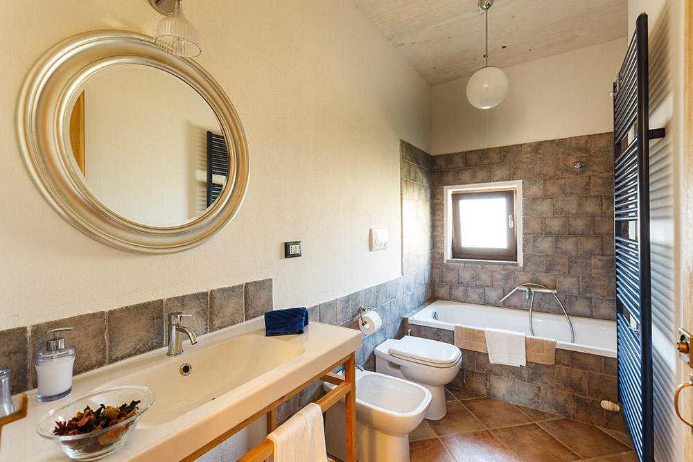 7-Villa-Cerro-Sotto-For-sale-holiday-farm-stay-Italy-Antonio-Russo-Real-Estate-Borgo-L-Incanto-Tuscany-Accommodation-Facility.jpg