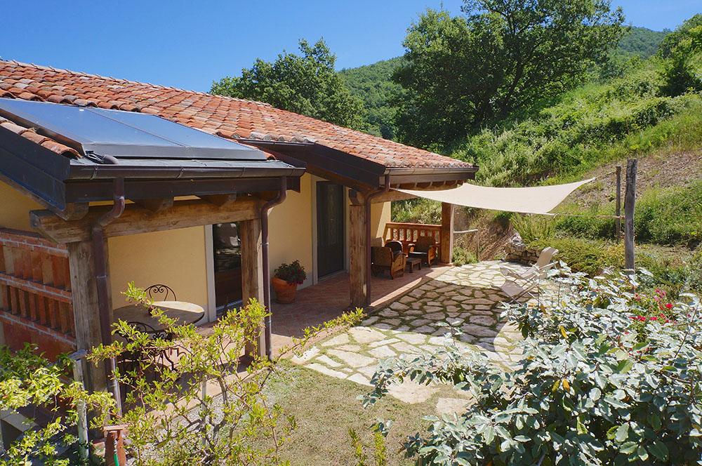 1-Villa-Fonte-Sopra-For-sale-holiday-farm-stay-Italy-Antonio-Russo-Real-Estate-Borgo-L-Incanto-Tuscany-Accommodation-Facility.jpg