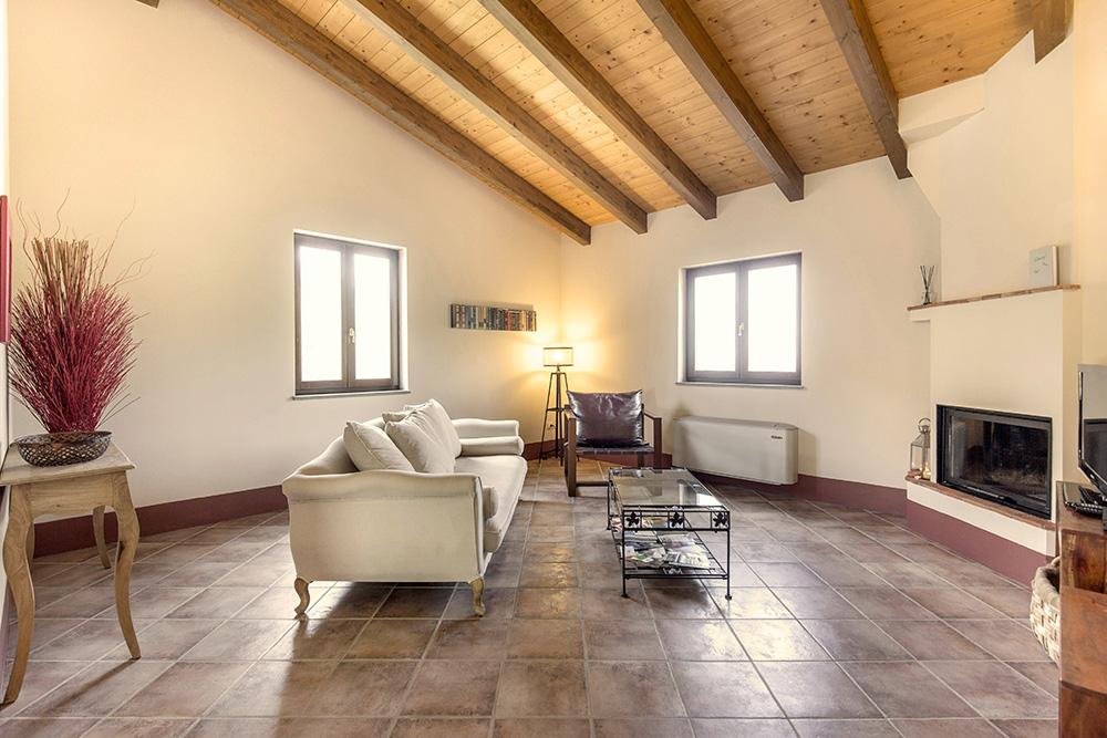 5-Villa-Fonte-Sopra-For-sale-holiday-farm-stay-Italy-Antonio-Russo-Real-Estate-Borgo-L-Incanto-Tuscany-Accommodation-Facility.jpg