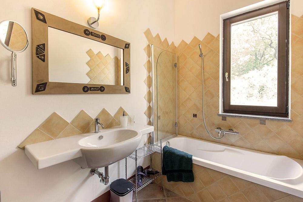 11-Villa-Fonte-Sopra-For-sale-holiday-farm-stay-Italy-Antonio-Russo-Real-Estate-Borgo-L-Incanto-Tuscany-Accommodation-Facility.jpg
