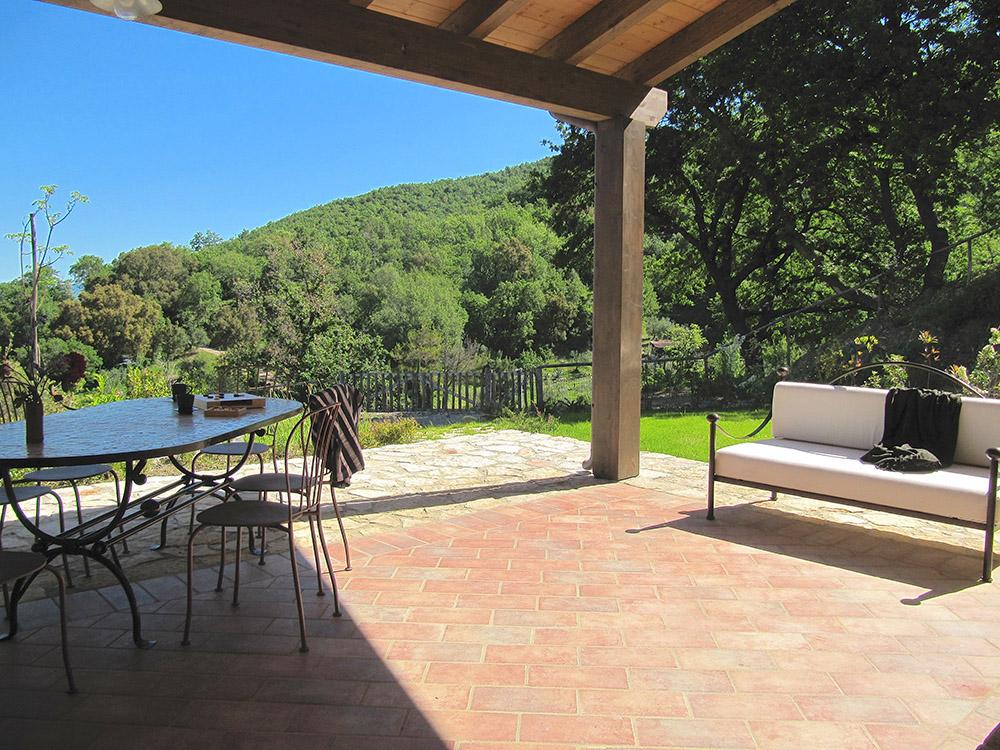 2-Villa-Fonte-Sotto-For-sale-holiday-farm-stay-Italy-Antonio-Russo-Real-Estate-Borgo-L-Incanto-Tuscany-Accommodation-Facility.jpg