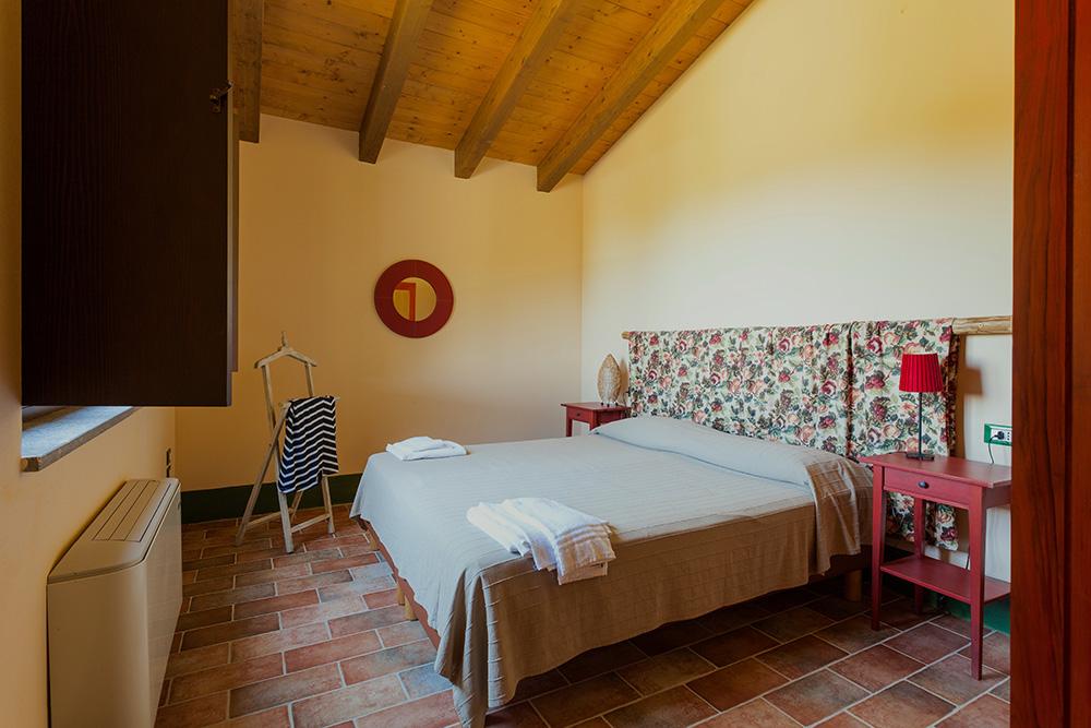 8-Villa-Fonte-Sotto-For-sale-holiday-farm-stay-Italy-Antonio-Russo-Real-Estate-Borgo-L-Incanto-Tuscany-Accommodation-Facility.jpg