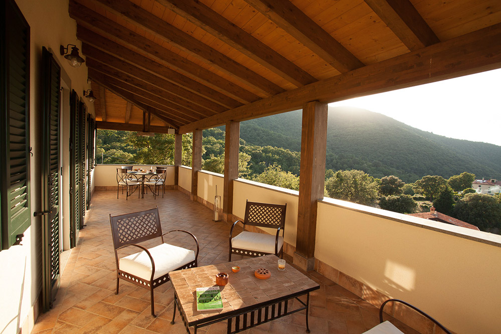 5-Villa-Sughera-Sopra-For-sale-holiday-farm-stay-Italy-Antonio-Russo-Real-Estate-Borgo-L-Incanto-Tuscany-Accommodation-Facility.jpg