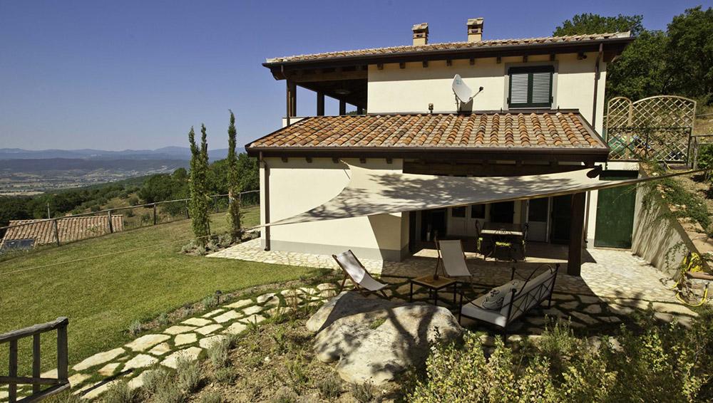 1-Villa-Sughera-Sotto-For-sale-holiday-farm-stay-Italy-Antonio-Russo-Real-Estate-Borgo-L-Incanto-Tuscany-Accommodation-Facility.jpg
