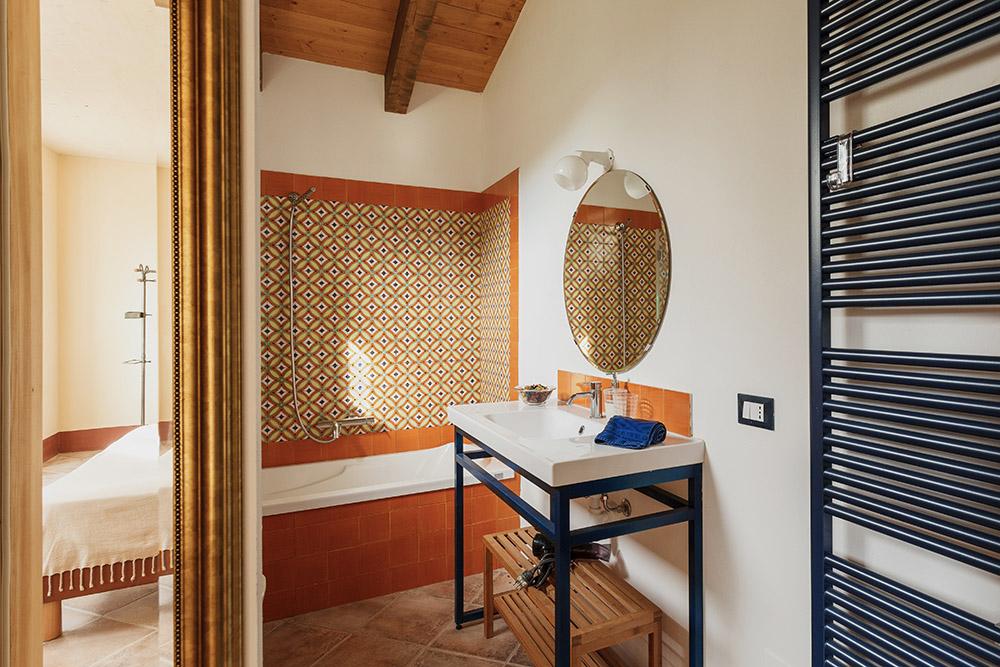 6-Villa-Sugherina-For-sale-holiday-farm-stay-Italy-Antonio-Russo-Real-Estate-Borgo-L-Incanto-Tuscany-Accommodation-Facility.jpg