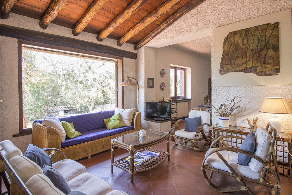 2-For-sale-luxury-villas-Italy-Antonio-Russo-Real-Estate-Villa-Le-Ginestre-Ansedonia-Punta-Ala-Grosseto-Tuscany.jpg