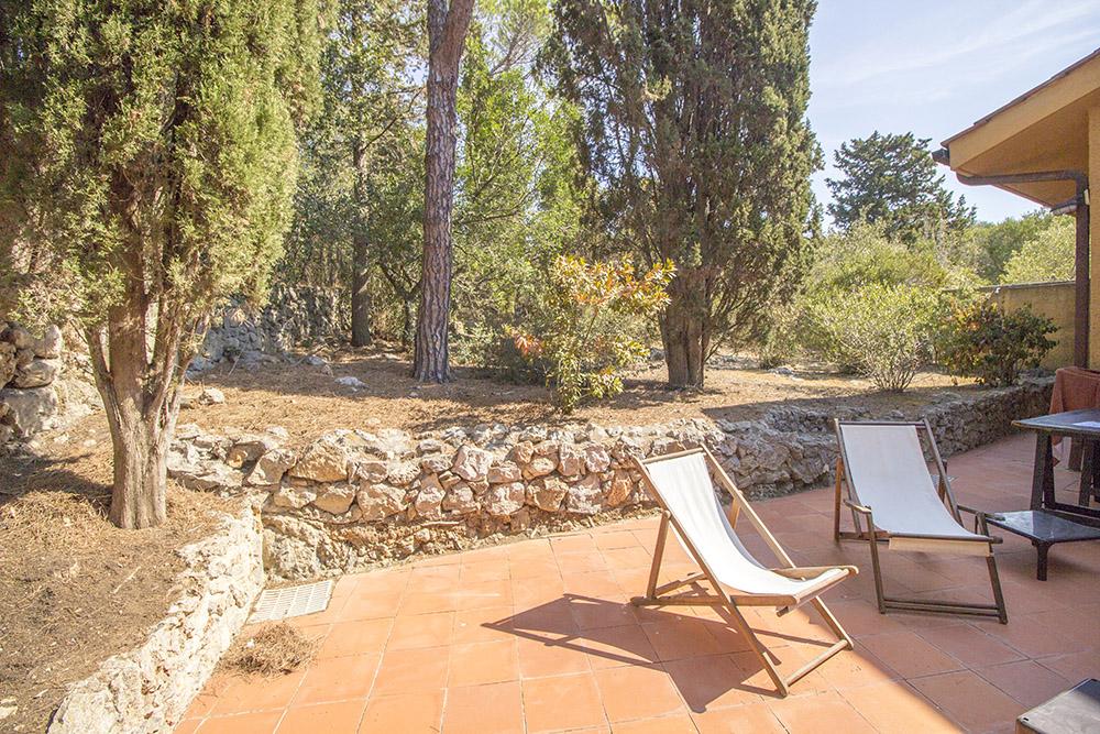 17-For-sale-luxury-villas-Italy-Antonio-Russo-Real-Estate-Villa-Le-Ginestre-Ansedonia-Punta-Ala-Grosseto-Tuscany.jpg