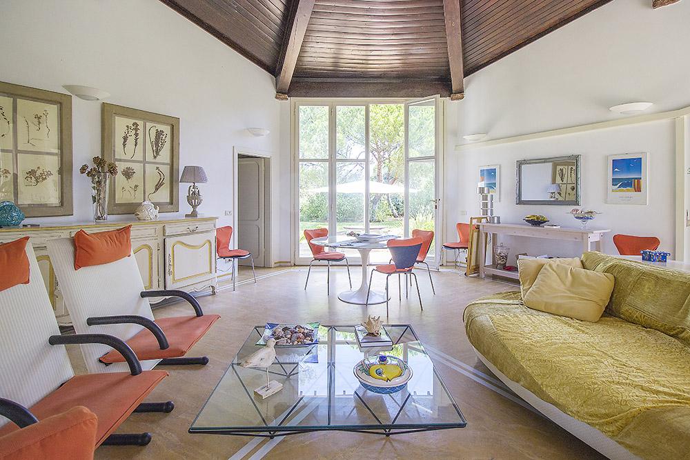 9-For-sale-luxury-villas-Italy-Antonio-Russo-Real-Estate-Villa-Beach-Punta-Ala-Tuscany.jpg