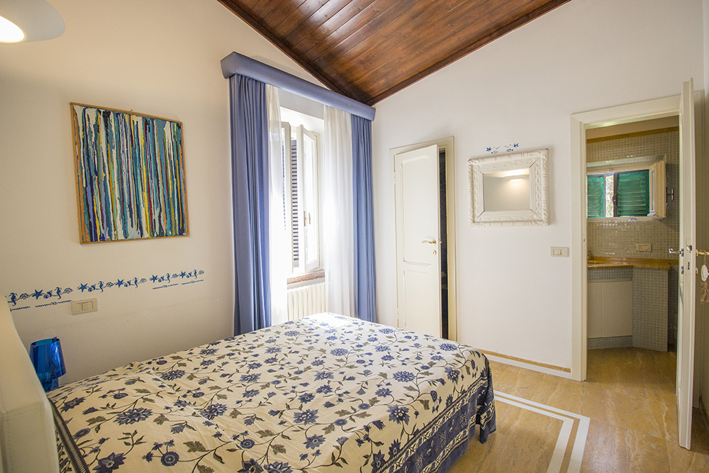 15-For-sale-luxury-villas-Italy-Antonio-Russo-Real-Estate-Villa-Beach-Punta-Ala-Tuscany.jpg