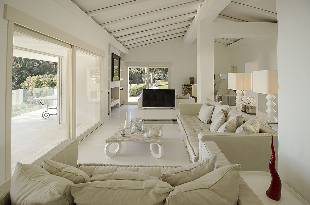 8-For-rent-luxury-villas-Italy-Antonio-Russo-Real-Estate-Villa-Fashion-Monte-Argentario-Tuscany.jpg
