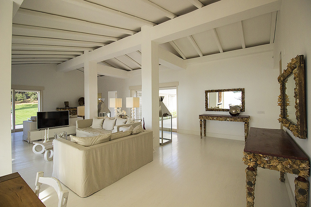 10-For-rent-luxury-villas-Italy-Antonio-Russo-Real-Estate-Villa-Fashion-Monte-Argentario-Tuscany.jpg