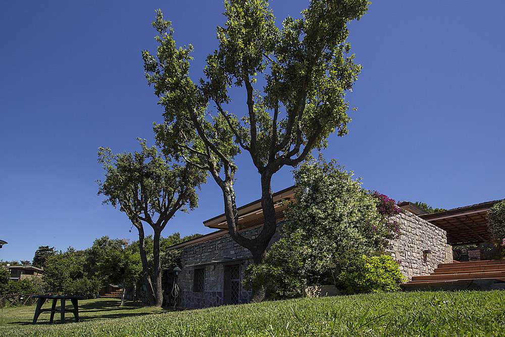 2-For-rent-luxury-villas-Italy-Antonio-Russo-Real-Estate-Villa-Elite-Punta-Ala-Tuscany.jpg