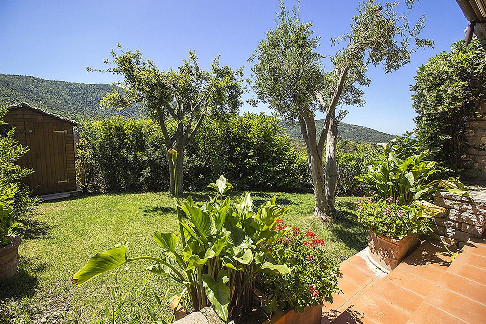 4-For-rent-luxury-villas-Italy-Antonio-Russo-Real-Estate-Villa-Elite-Punta-Ala-Tuscany.jpg