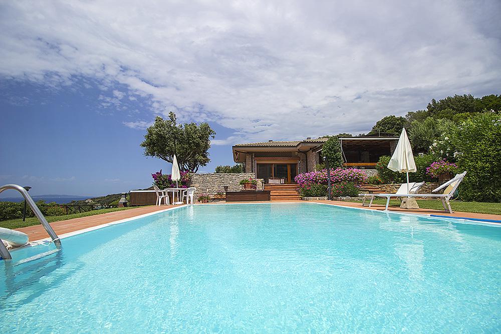 6-For-rent-luxury-villas-Italy-Antonio-Russo-Real-Estate-Villa-Elite-Punta-Ala-Tuscany.jpg